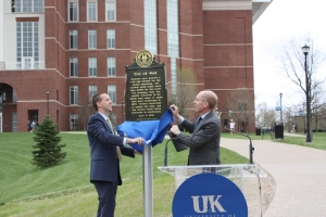 Capilouto and Nunley unveil the new historical marker